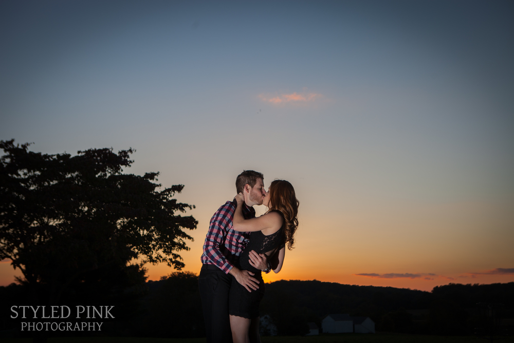 styled-pink-brandywine-state-park-engagement-12