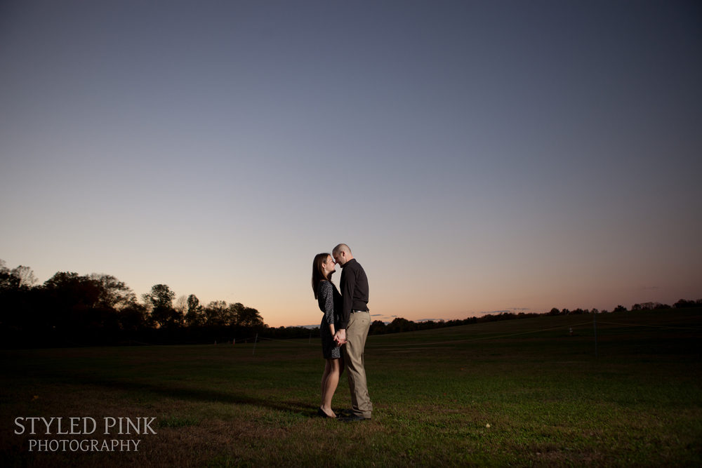 styled-pink-smithville-mansion-engagement-11