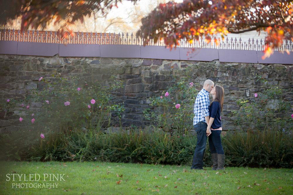 styled-pink-smithville-engagement-6.jpg