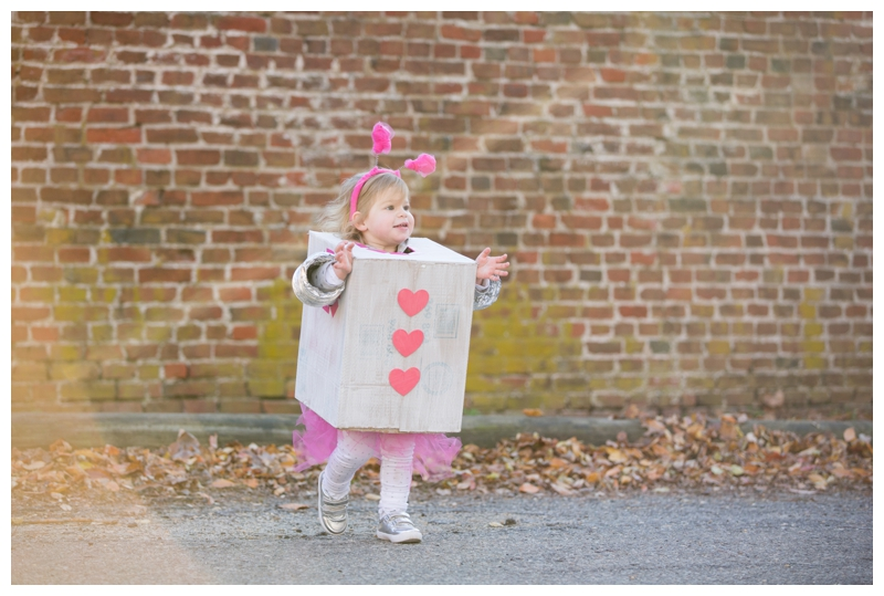 styled-pink-photography-halloween-toddler-robot-3