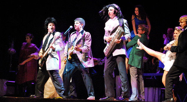 """Robbie Hart in """"The Wedding Singer"""" at Stagecrafters Summerstock"""
