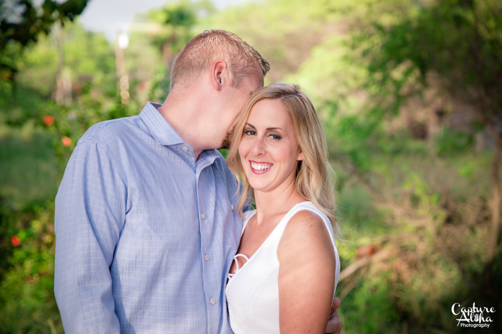 Maui Couples Photographer5.png