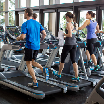 Precor_In-Club_Experience-Series-Cardio-square-366x366.jpg
