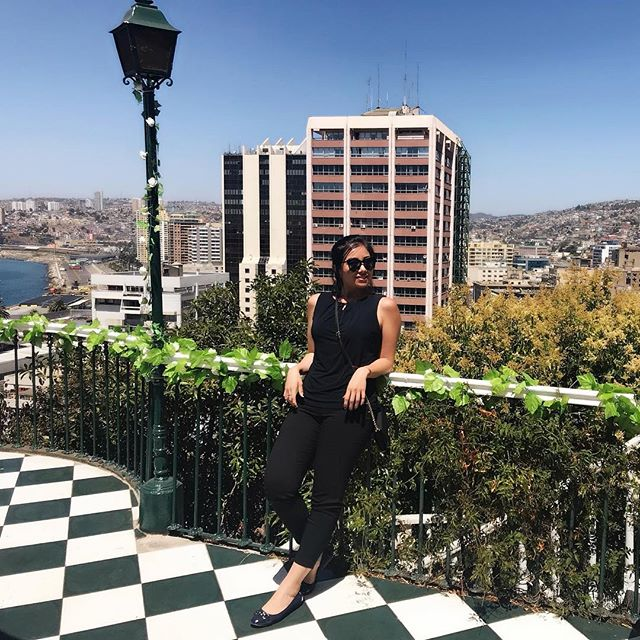 In the company of great friends and a beautiful view @ Valparaíso, - home to the Nobel Prize winner and poet, Pablo Neruda 🎖#FeelingInspired #tfas