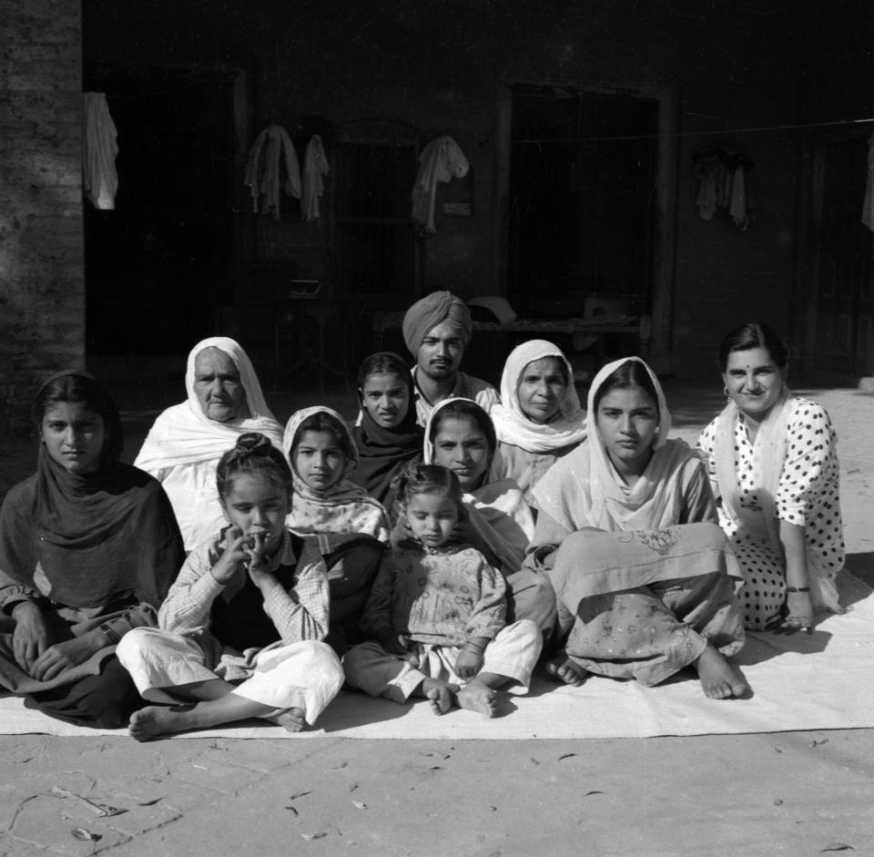Mal Singh's extended family, February 1961