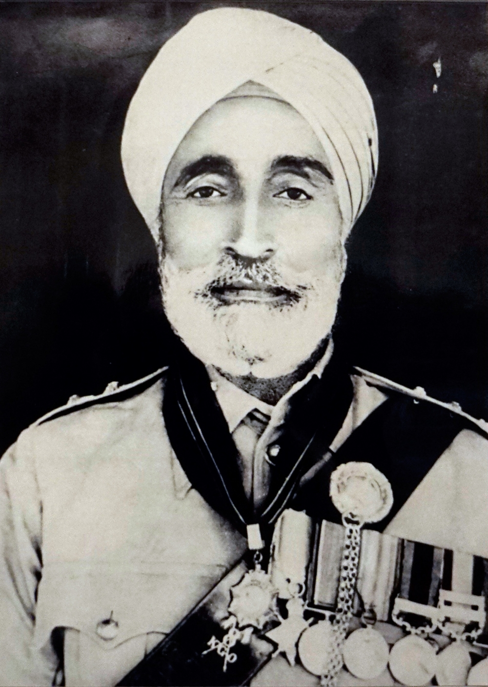 Risaldar Harnam Singh wearing his medals
