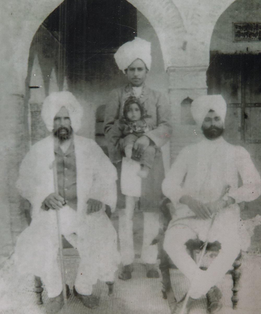 Three generations, 1909
