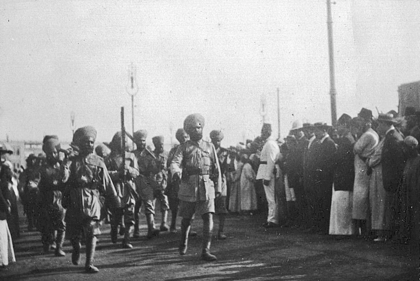 Sikh soldiers in Cairo, Egypt, 1914