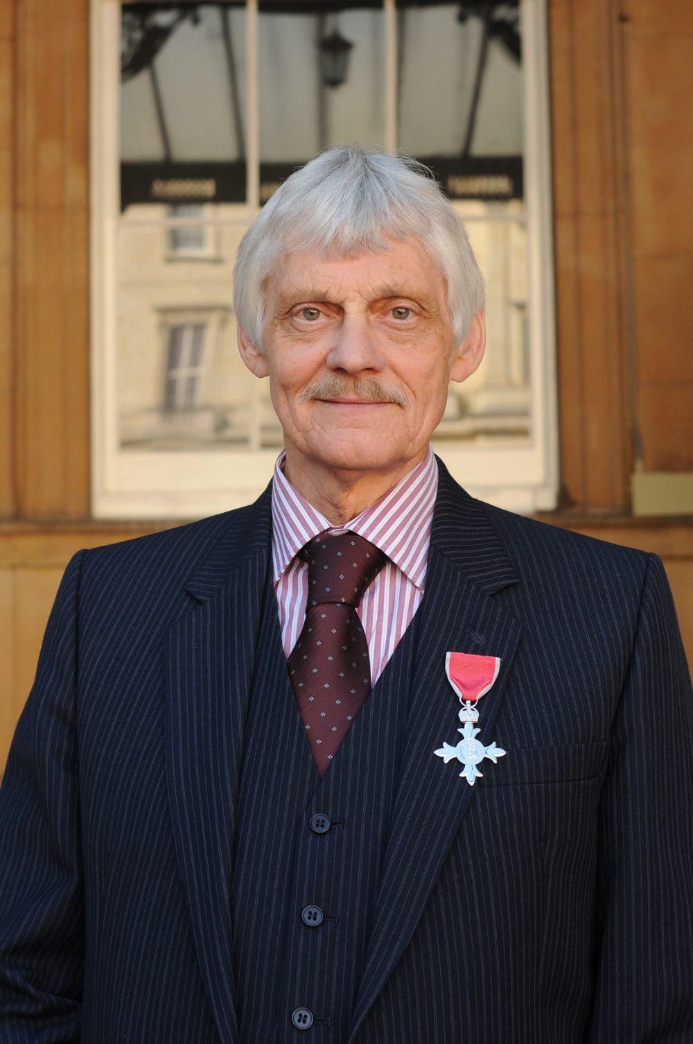 Dr John Ashdown-Hill received his MBE for services to historical research and the human indentification of Richard III Picture date: Friday 9 October 2015. LOCATION: Buckingham Palace. Copyright: PA Photos NOT FOR PUBLICATION WITHOUT WRITTEN CONSENT OF PA PHOTOS : 020 7963 7305.
