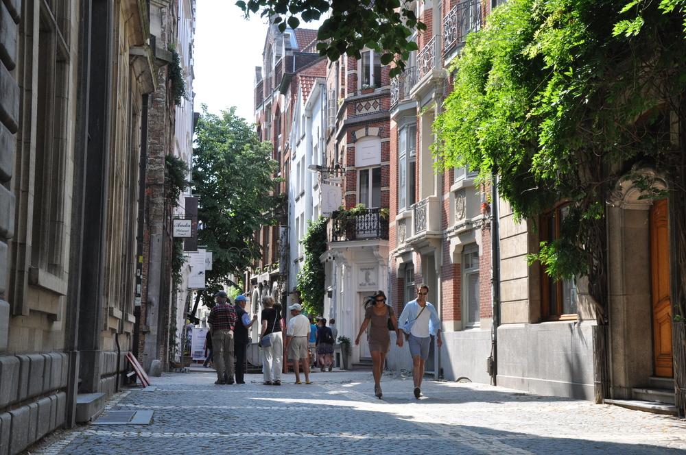 Schaduwwerking en afkoeling door groen in de stad