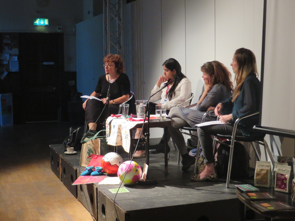 Sarah Boyack (MSP),  Rachel Farey (One World Shop), Fiona Mailley (Equal Exchange) and Javita Narang (Weaving Destination) during the conversation. Photo by Sandrine Cazalet for Just Festival.