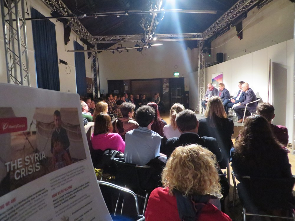A full room tonight for 'Syrian without Syria - Photo by S.Cazalet for Just Festival