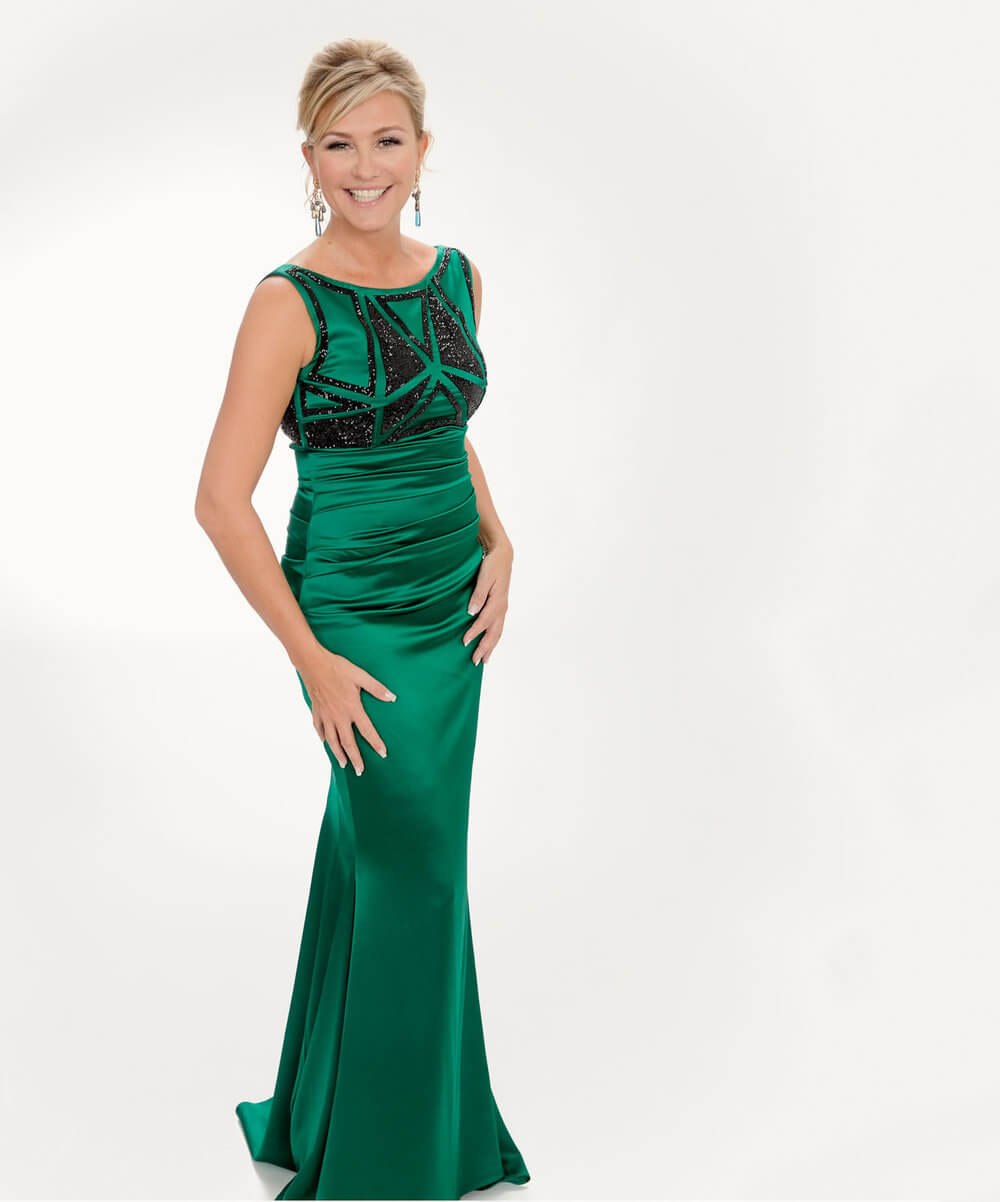 charlotte starup photographer green galla dress