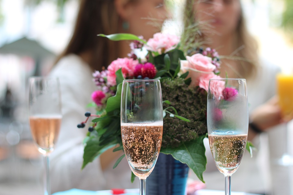 champagne-939876_960_720.jpg