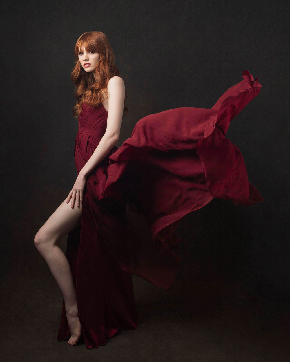 Red-dress glamour portrait photography Starnberg