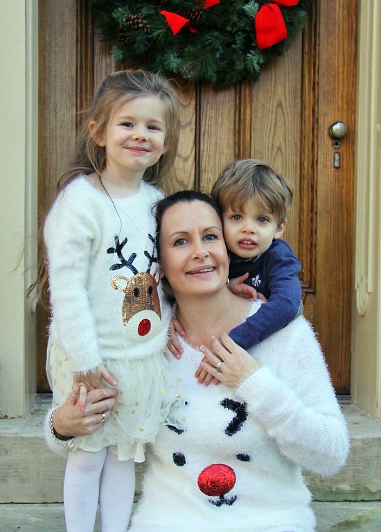 Liza with her kids Elodie and Conway