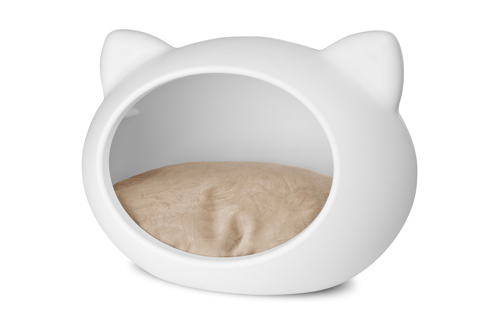 white_cat_bed_beige_cushion.jpg