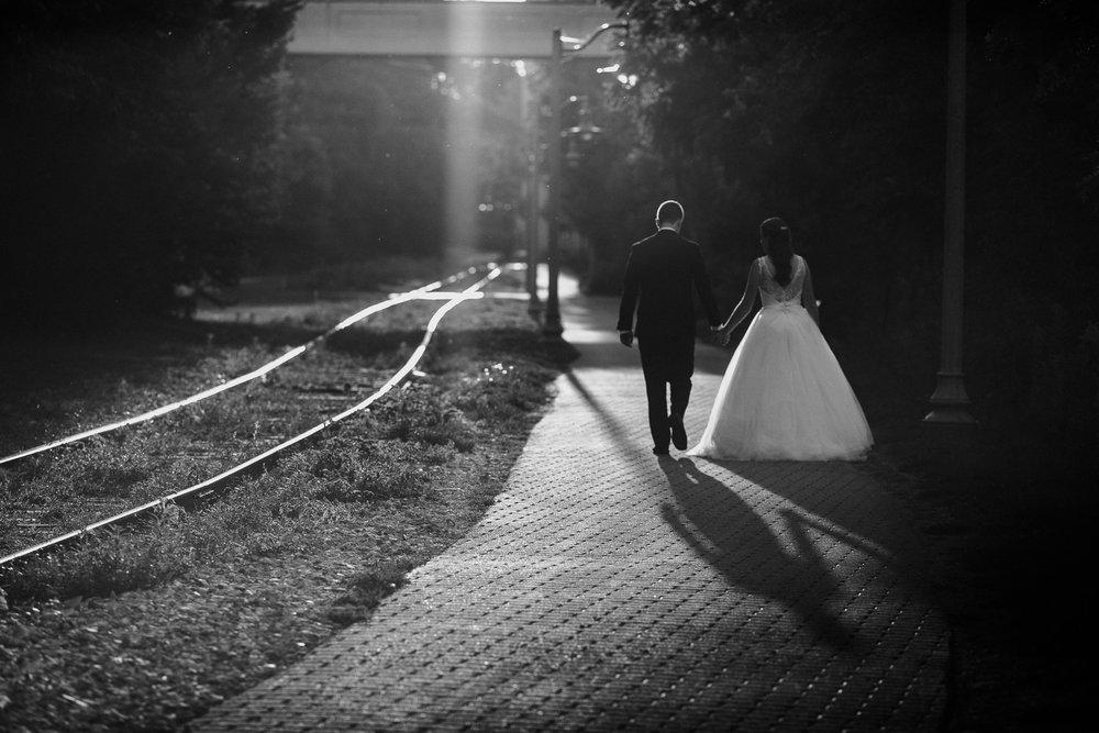 bride and groom river run centre