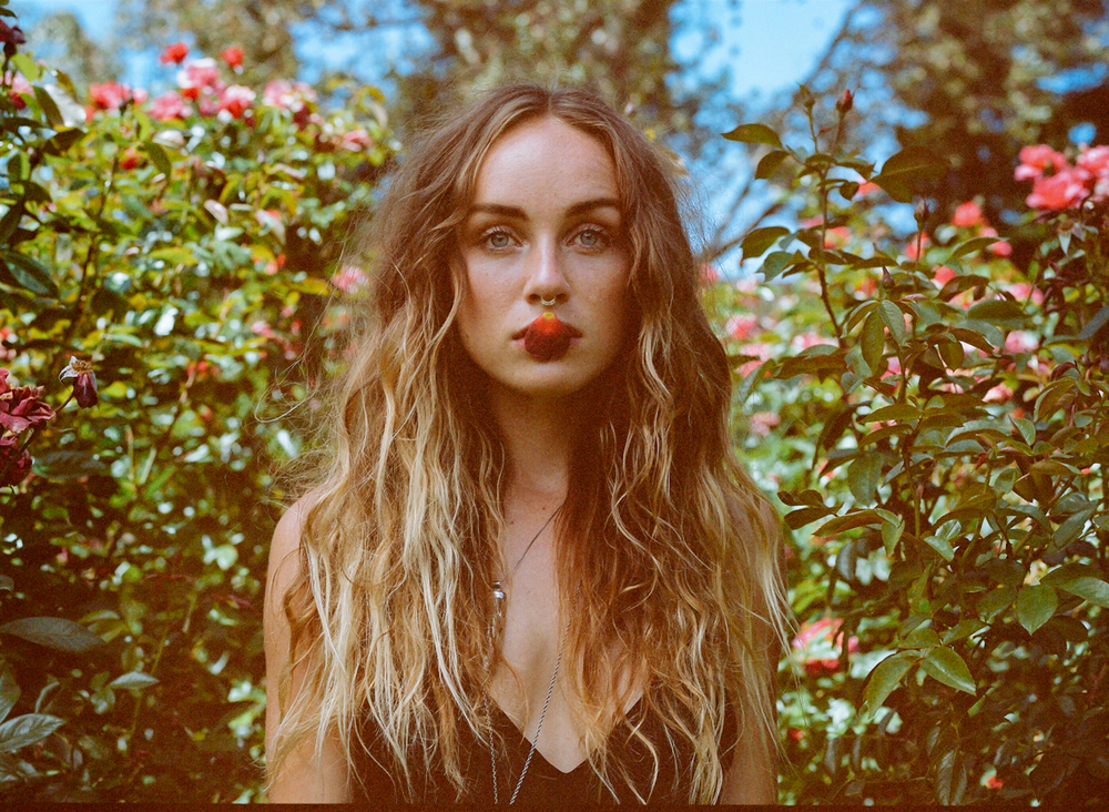 Zella Day, CD cover shoot, 2014