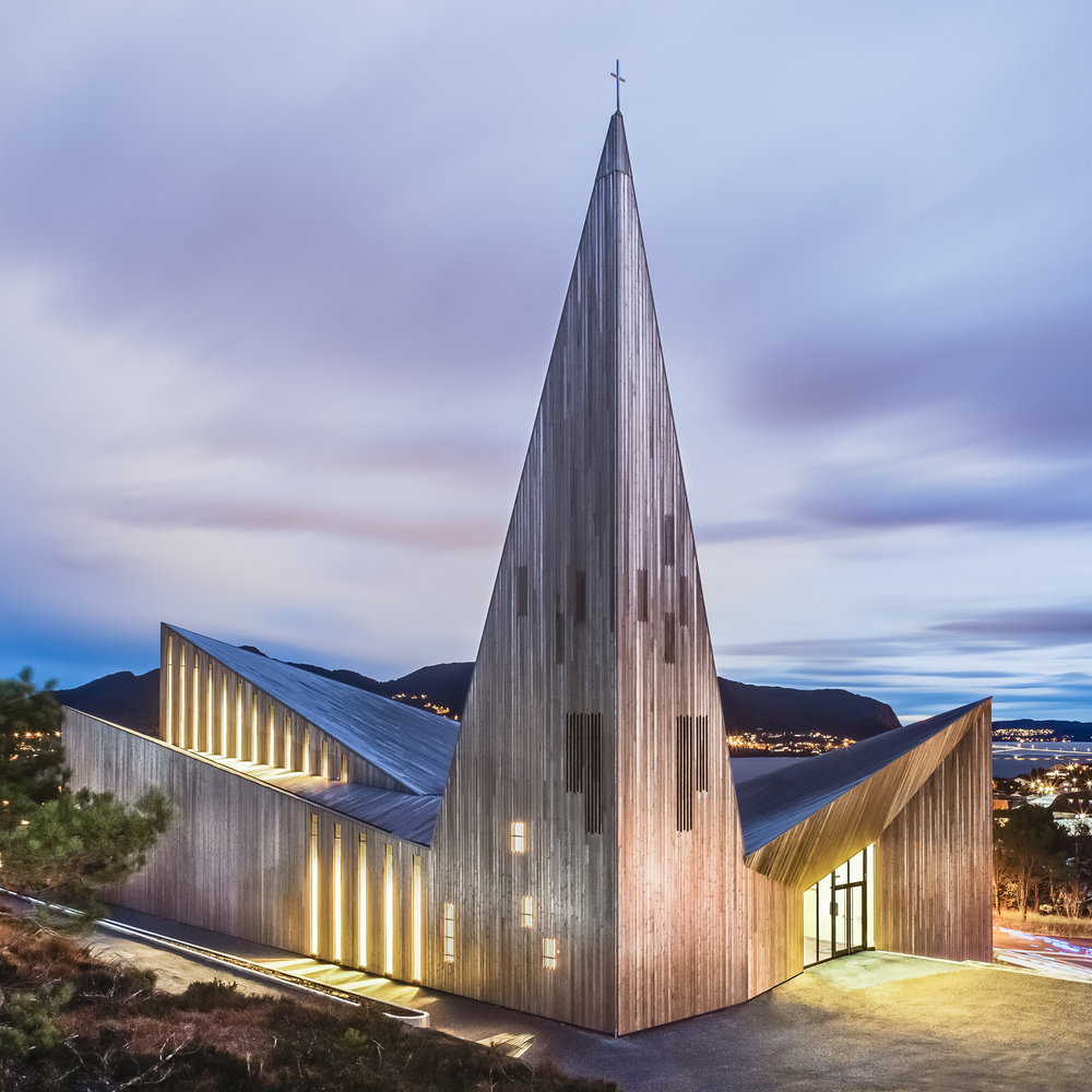 Community Church Knarvik - click to vote!