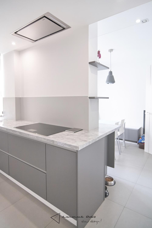 emmme studio_la cocina de Fernando y Laura_cocina con office.jpg