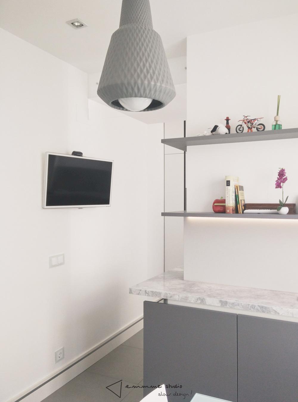 emmme studio_la cocina de Fernando y Laura_office aparador y baldas.jpg