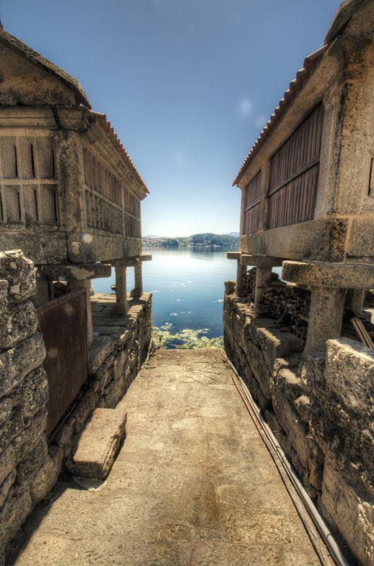 Fuente: Pinterest. Combarro, Poio (Galicia)