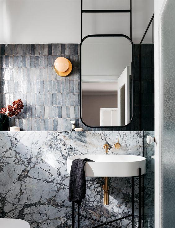emmme studio reformas diseño slow baño espejo techo colgado.jpg