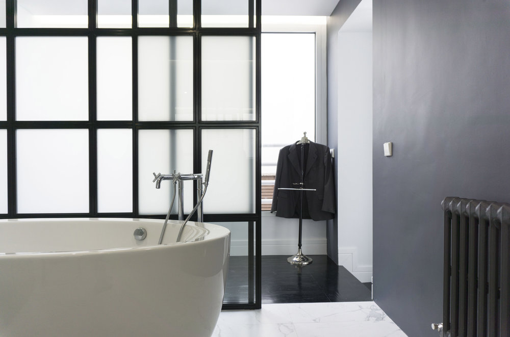 diseño reformas slow emmme studio 01 baño principal bañera vivienda Ayala SM.jpg