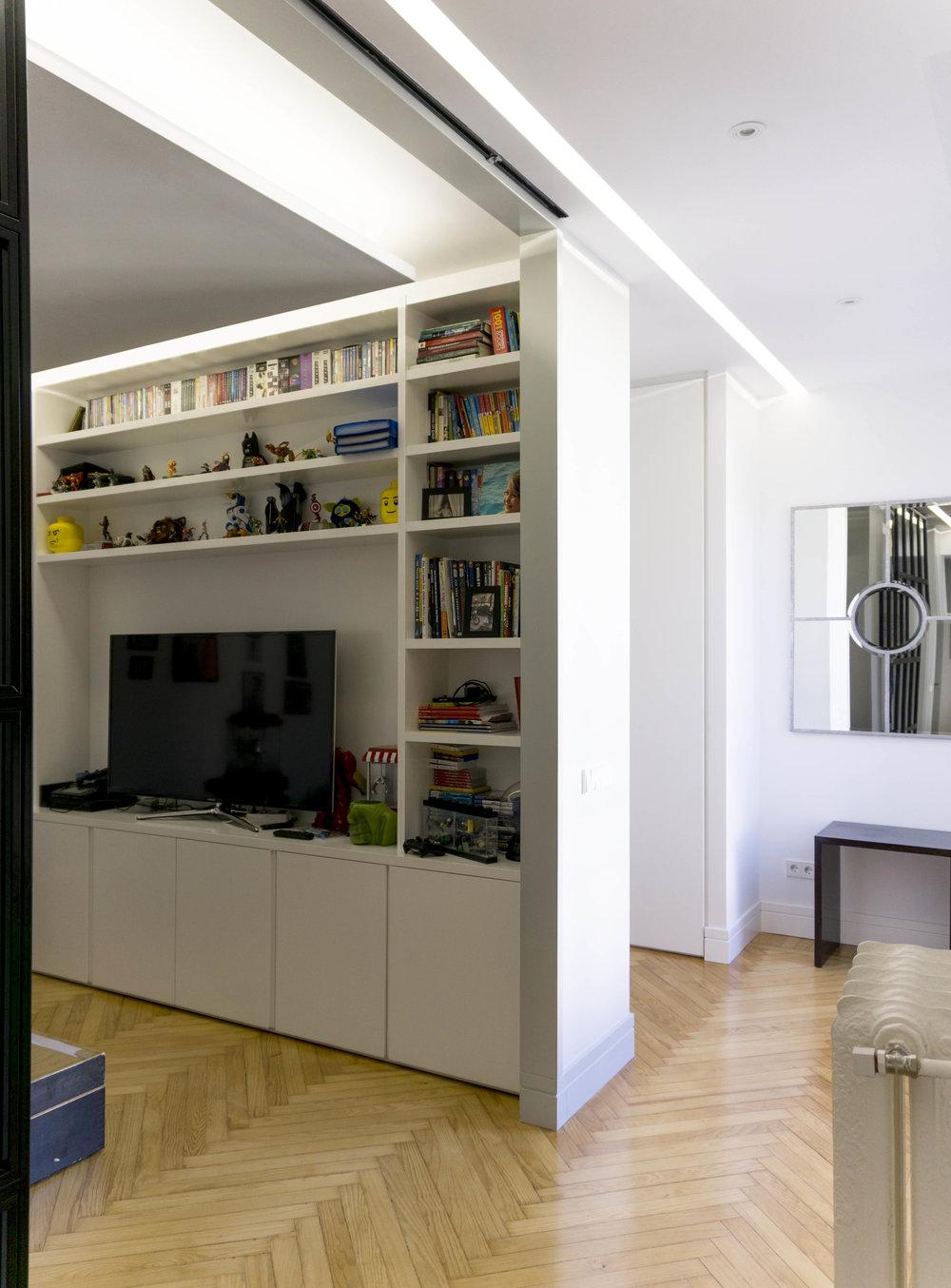 diseño reformas slow emmme studio 08 recibidor y sala de juegos vivienda Ayala SM.jpg