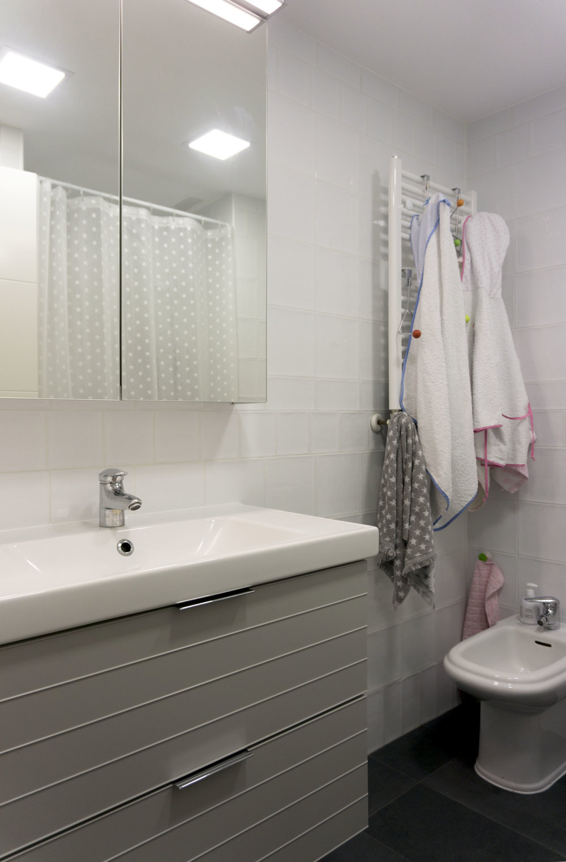 diseño reformas slow emmme studio baño niños Teresa y Jose Luis - 06 - SM.jpg