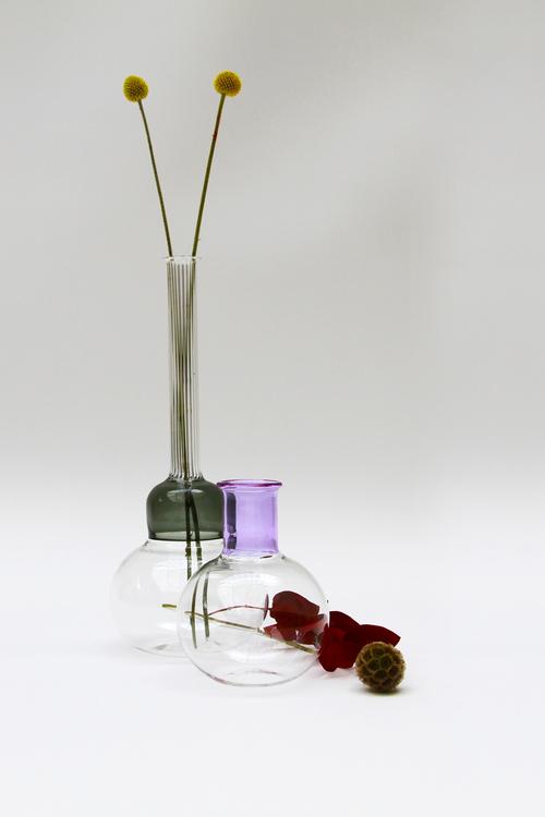 Vitro_Vas_grey_violet_vase.jpeg
