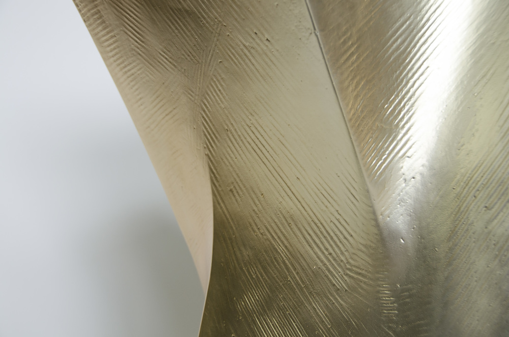 Jack Table Gold Detail1.jpg