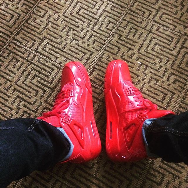 Sometimes you wear red shoes for fun! That's the #royaltailor way of course! What are you rockin?