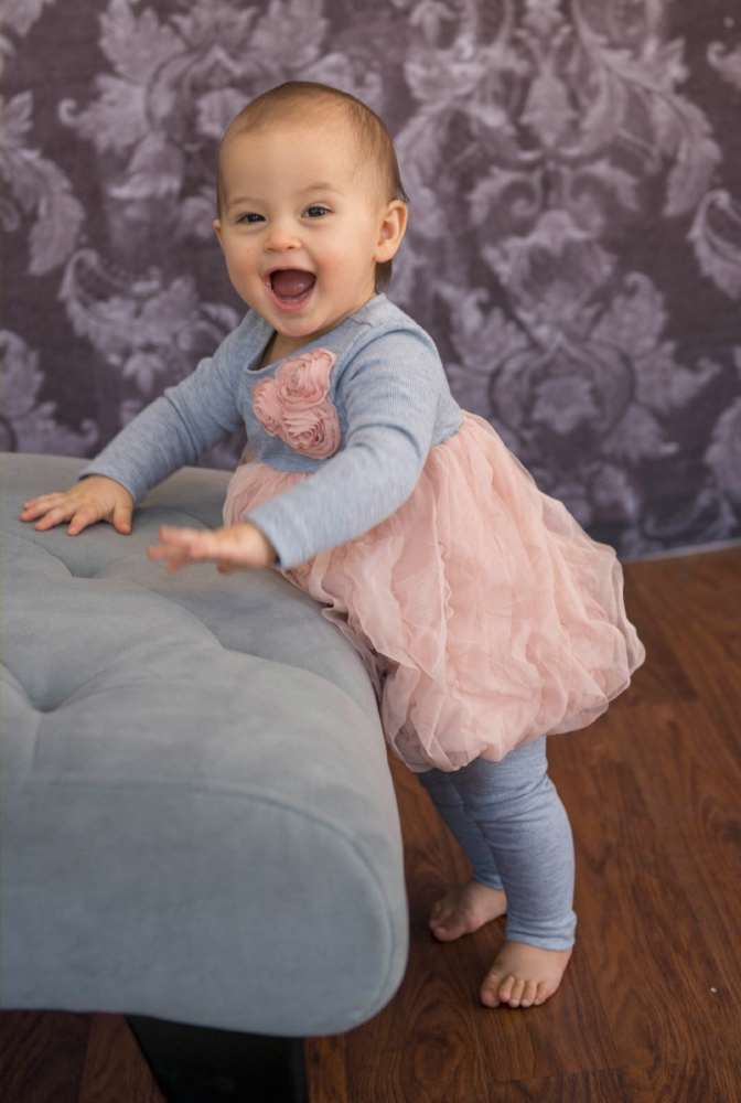 9 month old photo ideas - a very smiley 9 month baby girl — Tricia Koning graphy
