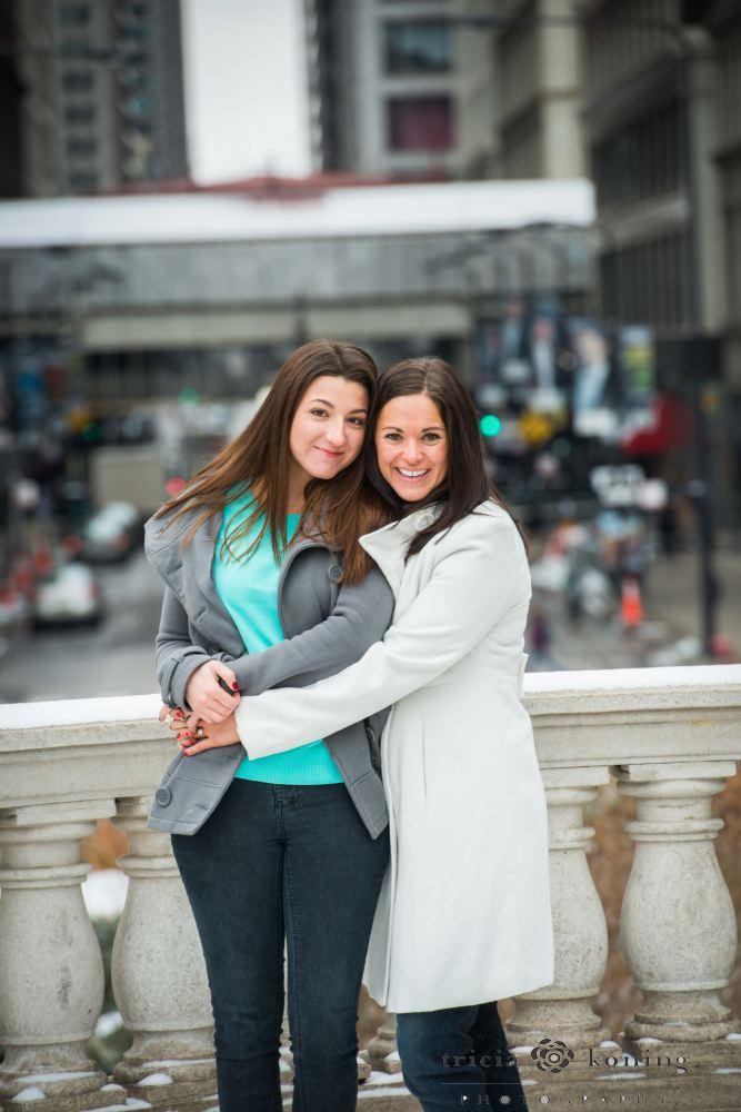 Courtney and Jen062.JPG