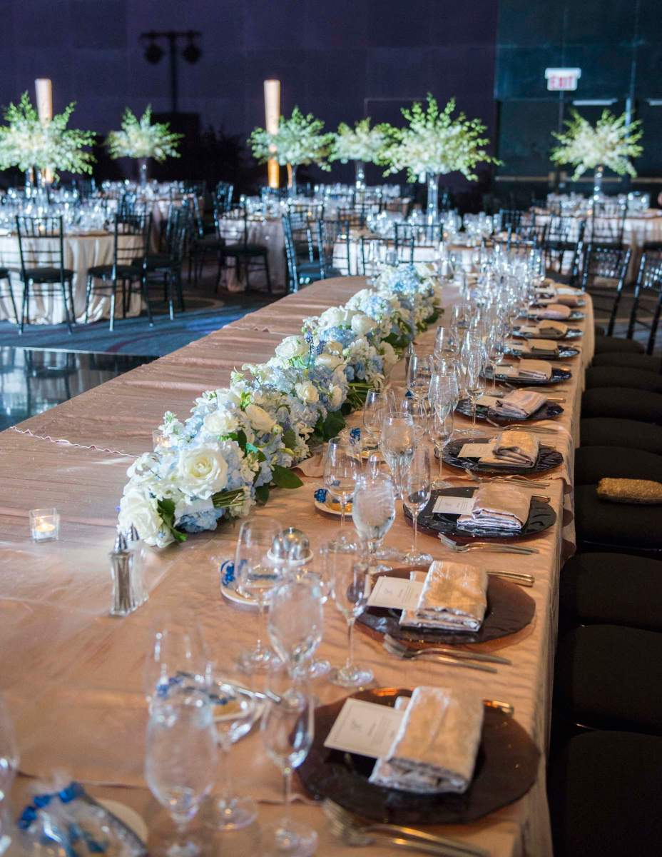Sofitel Chicago head table decor