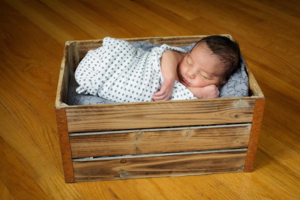 NewbornBaby1.JPG