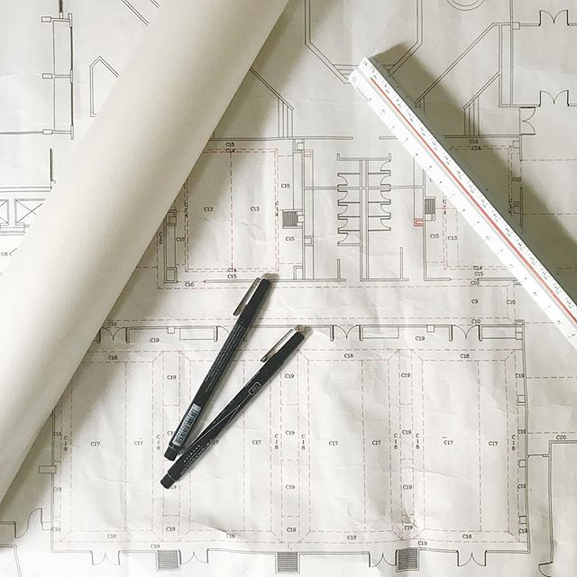 There's something to be said for large architectural plans. We've gone so electronic these days, that when I'm able to sketch and play with printed plans- it's almost therapeutic! Any of my fellow designers relish in this moment too? #architecturalplans #interiordesign #hotel #sanantonio #baltimore #charmcity #sketch #tracepaper