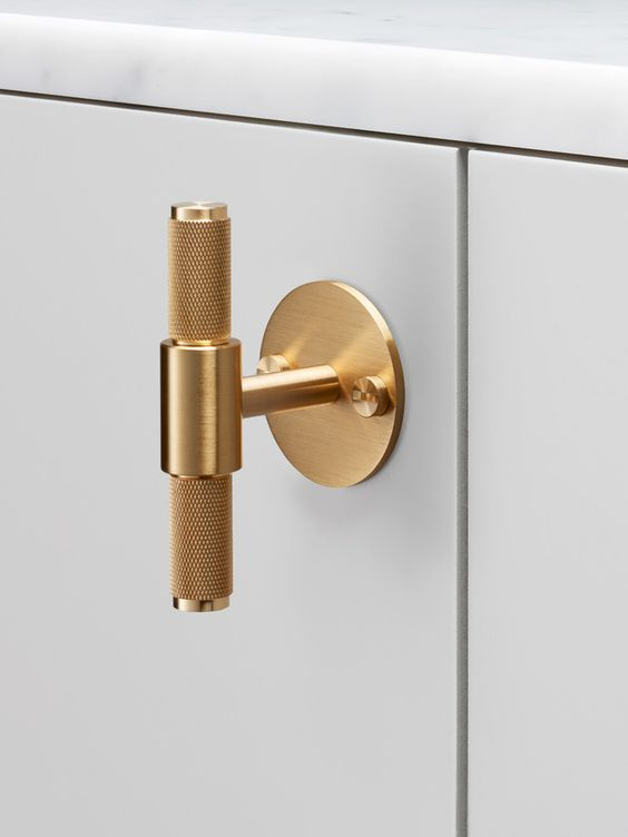 Brass T-Bar Knob (comes in a variety of color options) We just *love the brass!