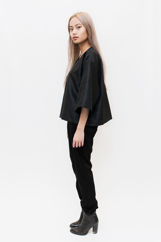 grey_kimono.jpg