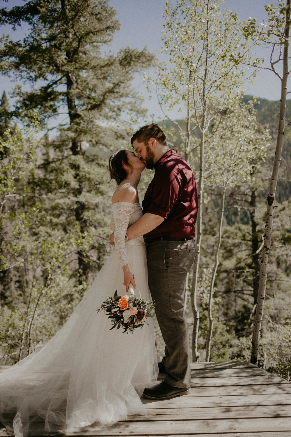 Best Wedding Photographer in Lubbock, TX | Best Wedding Photographer in Taos, NM | Adventurous Wedding Photographer | Mountain Elopement Photos | Kailee Ann Photography Lubbock