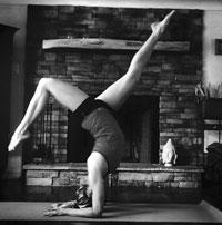 Kayla arm balance
