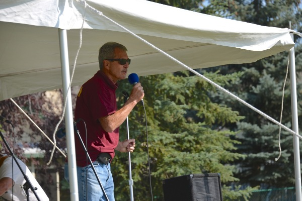 "Speaking at ""Party on the Hill"" at Robert Carter Park. (September 14, 2013, photo courtesy of Dr. Rob Agostinis)"