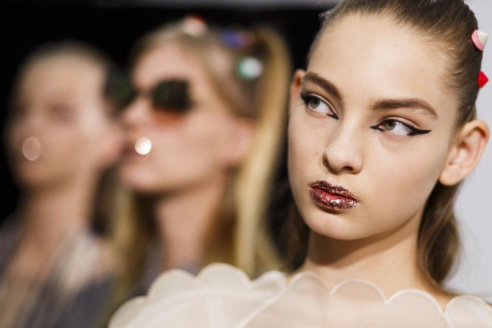 Cosmopolitan - Spring Summer 2017 hair and makeup trends
