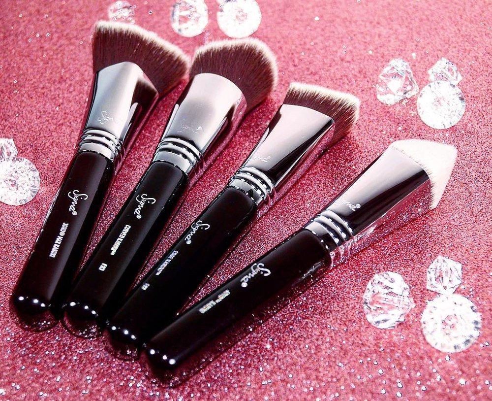 Sigma Beauty Dimensional Brush Set
