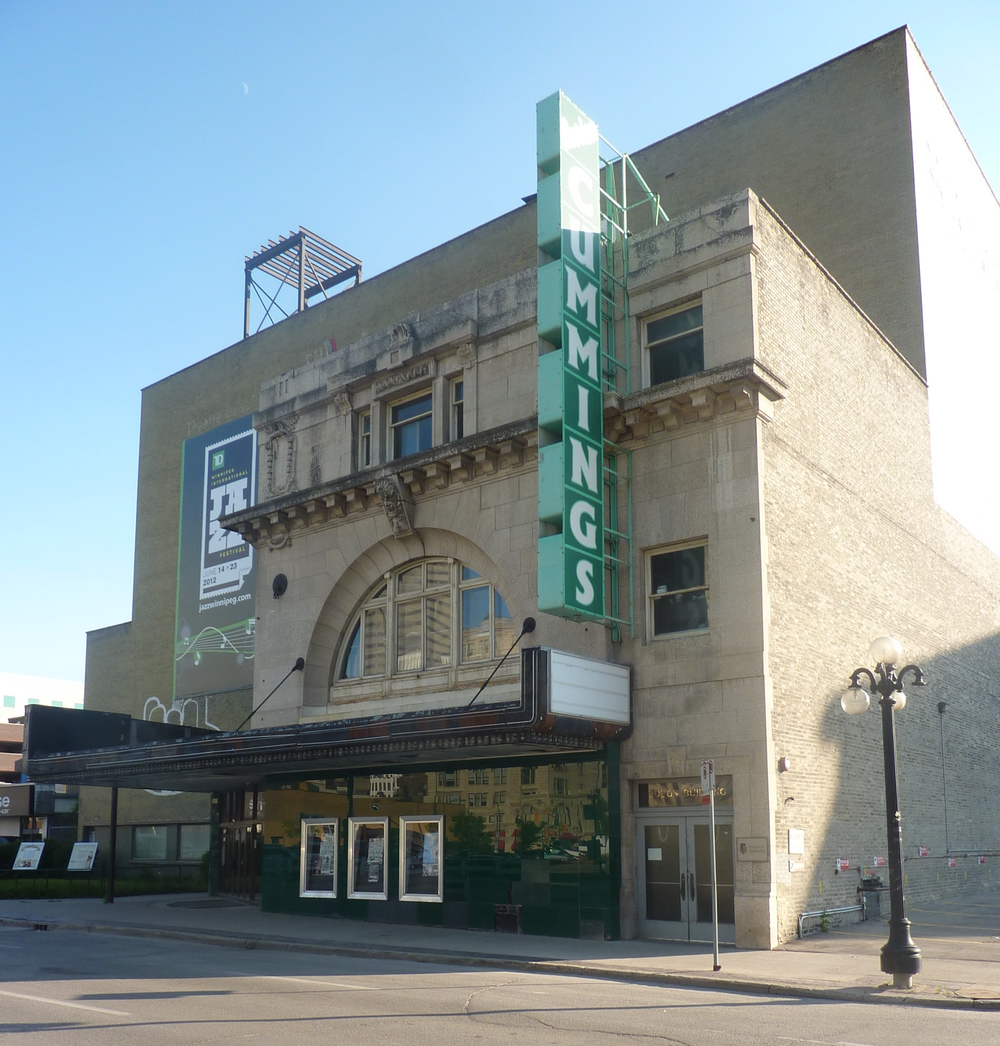 Winnipeg_-_Walker_Theatre_2.JPG