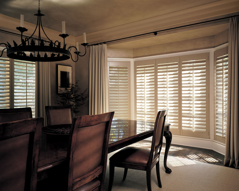 <p><strong></strong>Heritance Hardwood Shutters