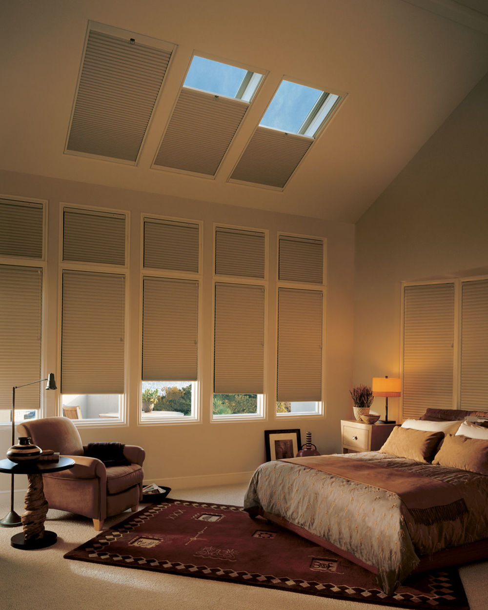 <p><strong></strong>Duette Honeycomb Shades