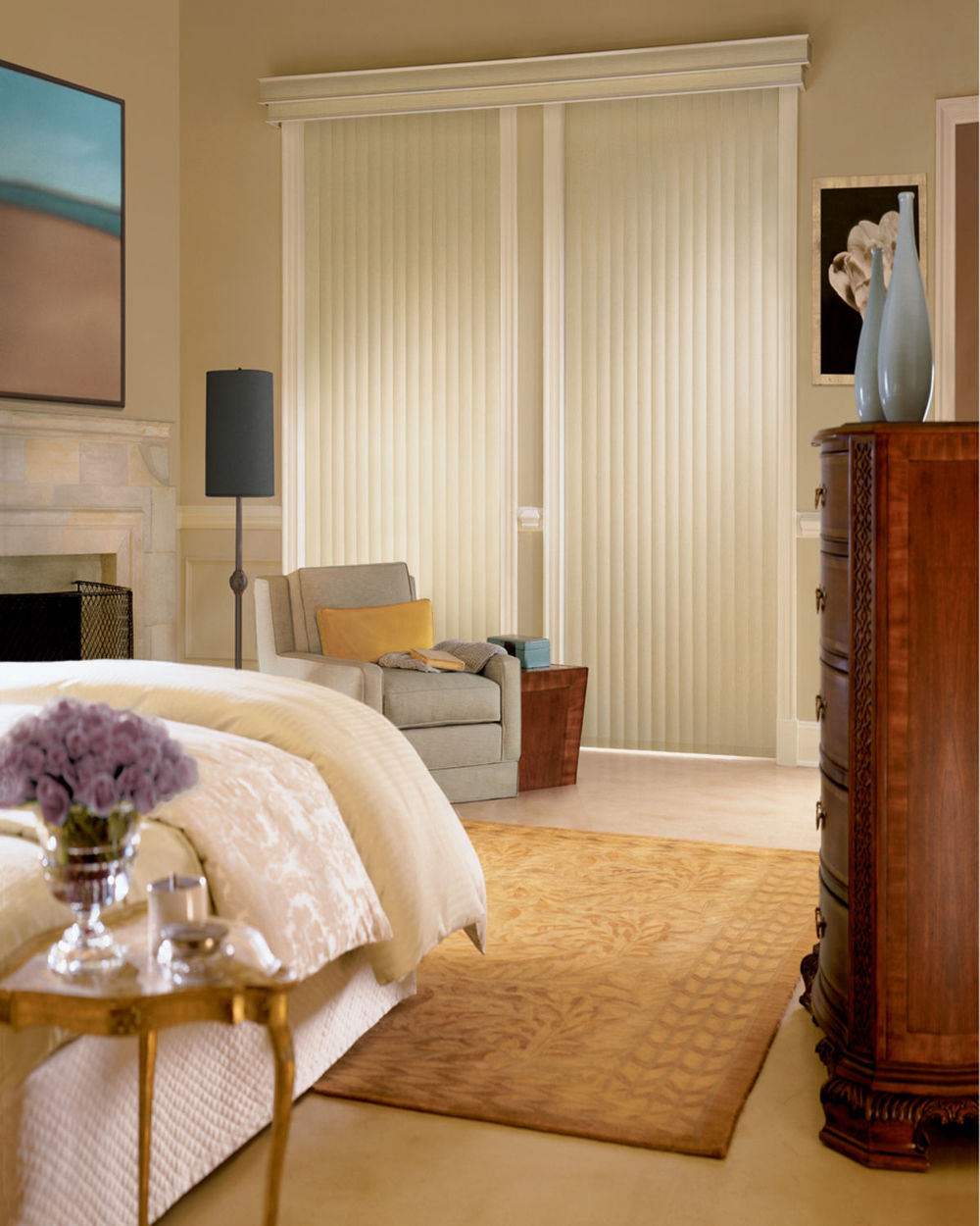 <p><strong></strong>Somner Custom Vertical Blinds
